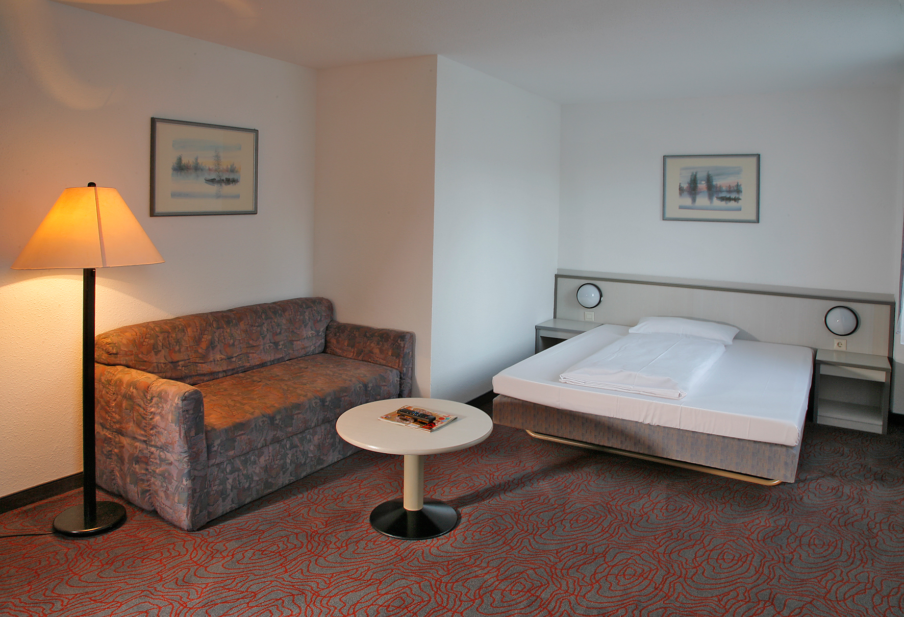 kassel hotel city centre days inn kassel hessenland hotel. Black Bedroom Furniture Sets. Home Design Ideas